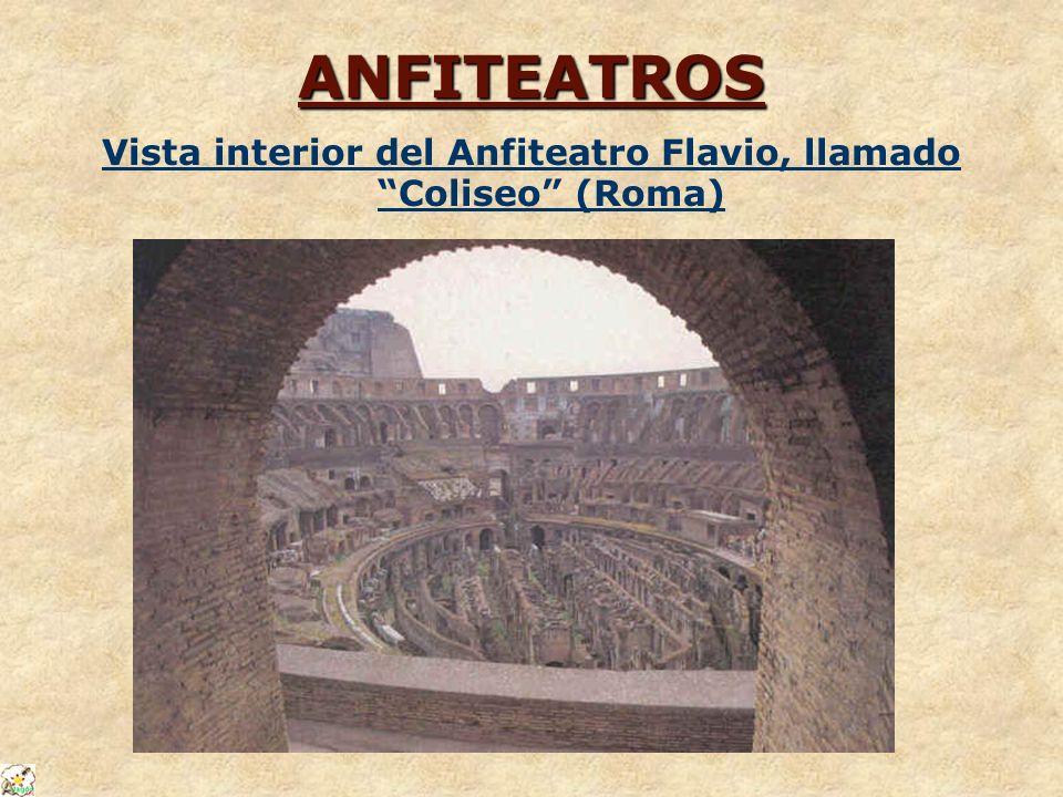 Vista interior del Anfiteatro Flavio, llamado Coliseo (Roma)