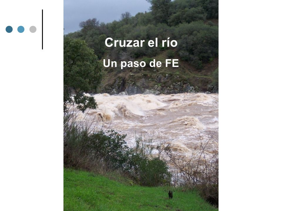 Cruzar el río Un paso de FE PIC OF RIVER AT FLOOD STAGE – SCARY!