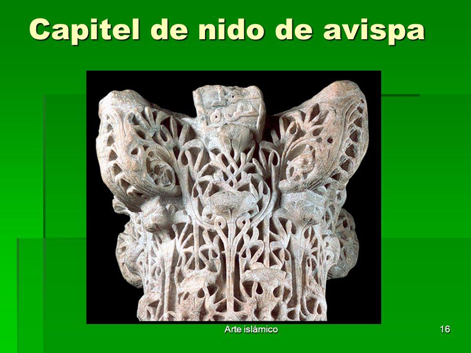 Capitel de nido de avispa