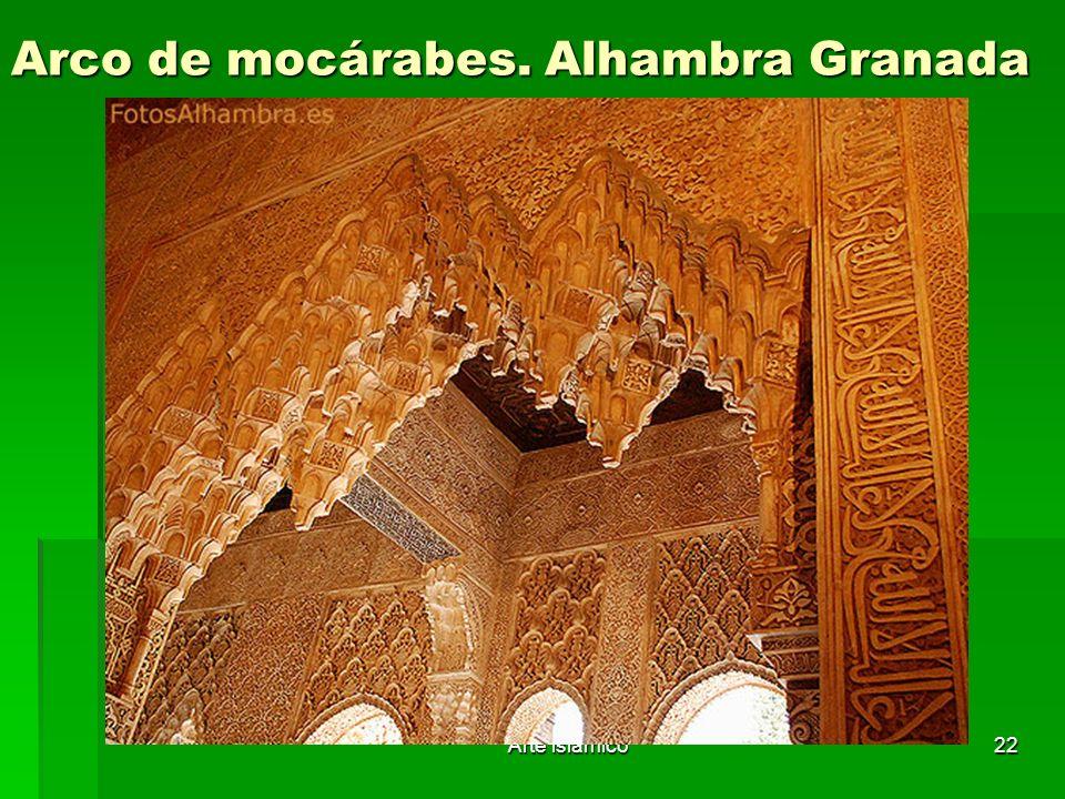 Arco de mocárabes. Alhambra Granada