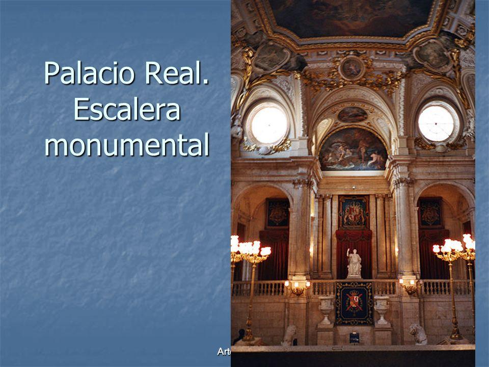 Palacio Real. Escalera monumental