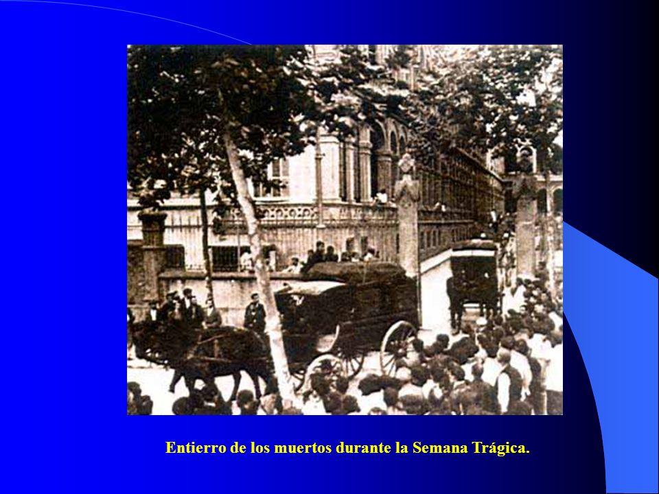 Entierro de los muertos durante la Semana Trágica.