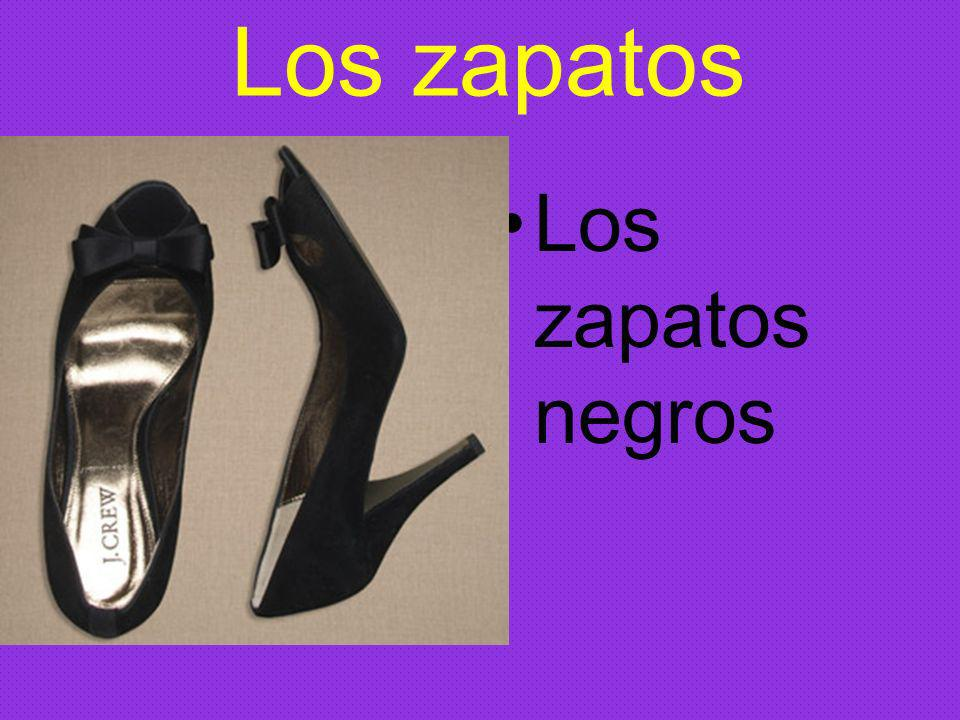 Los zapatos Los zapatos negros