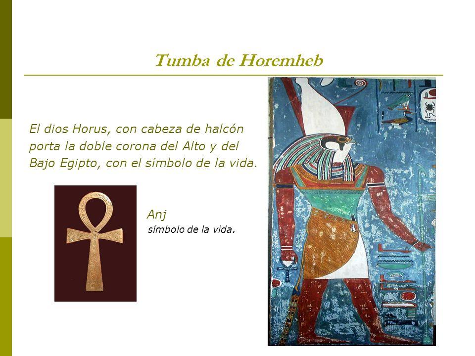 Tumba de Horemheb El dios Horus, con cabeza de halcón