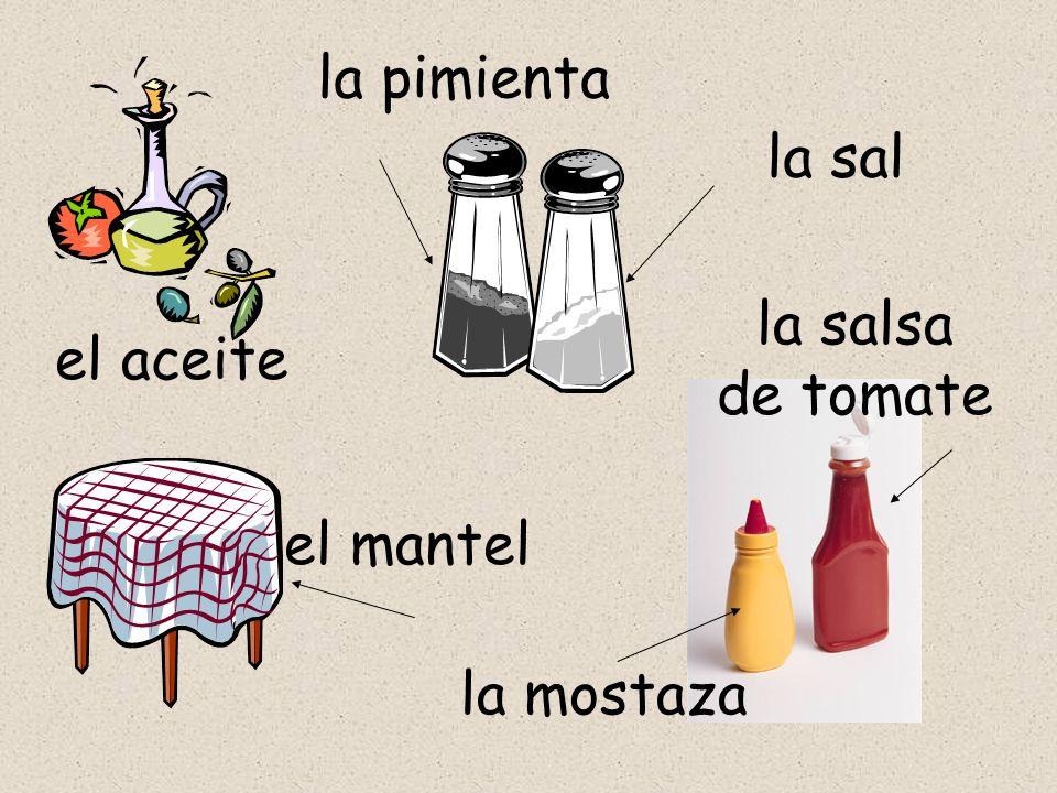 la pimienta la sal la salsa de tomate el aceite el mantel la mostaza