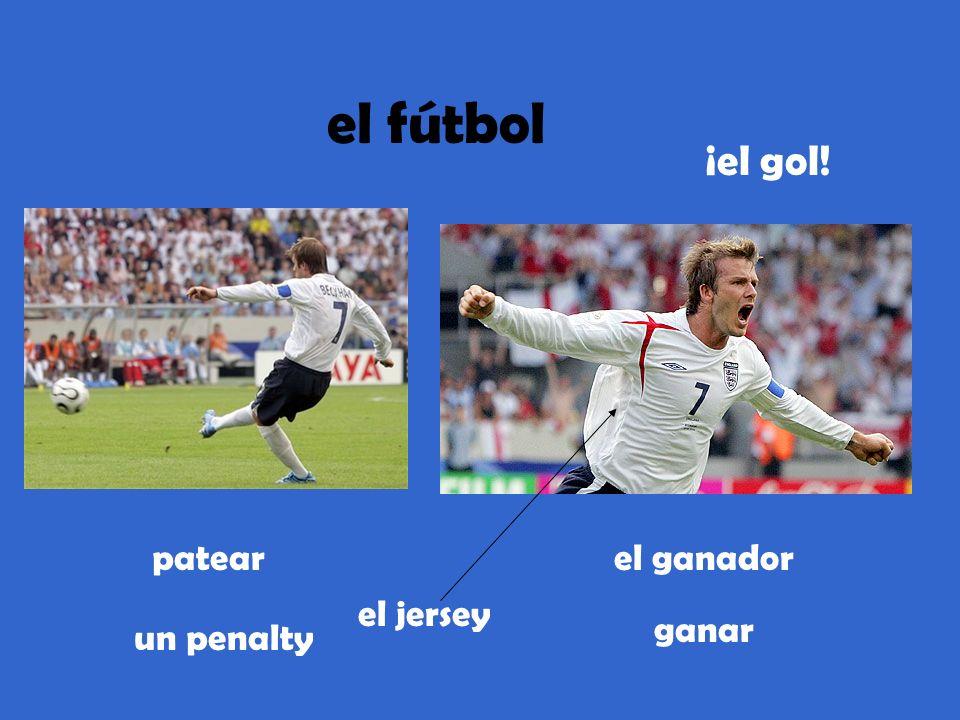 el fútbol ¡el gol! patear el ganador el jersey ganar un penalty