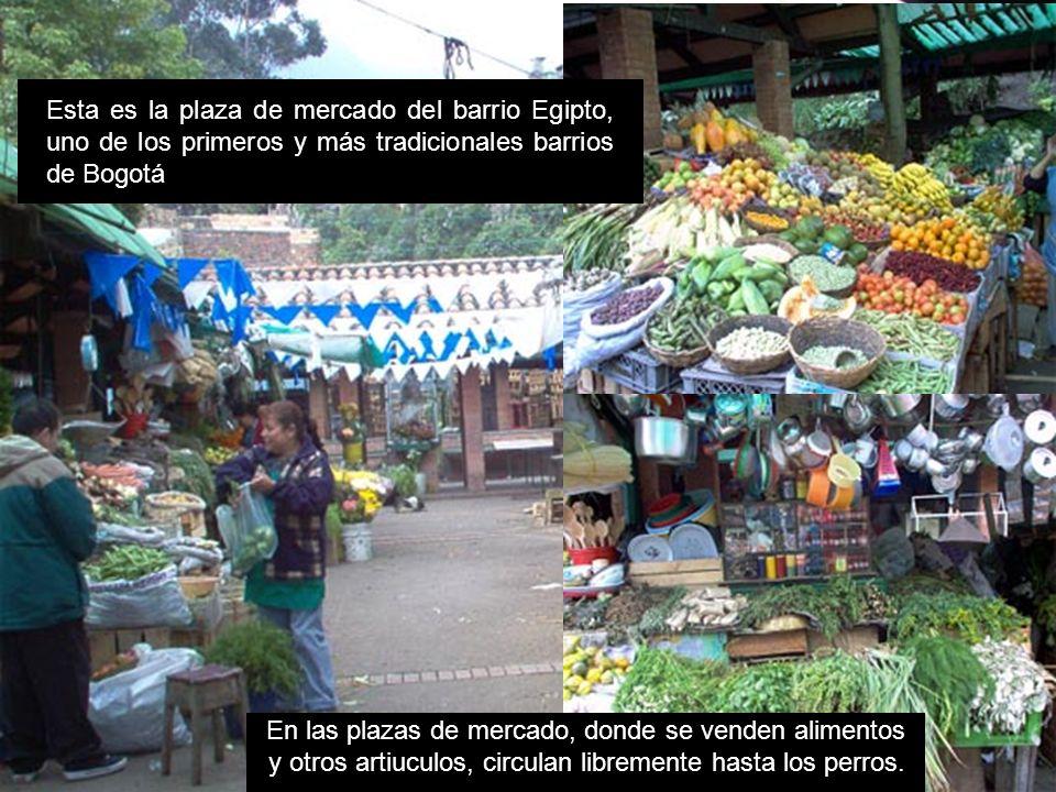 Esta es la plaza de mercado del barrio Egipto, uno de los primeros y más tradicionales barrios de Bogotá