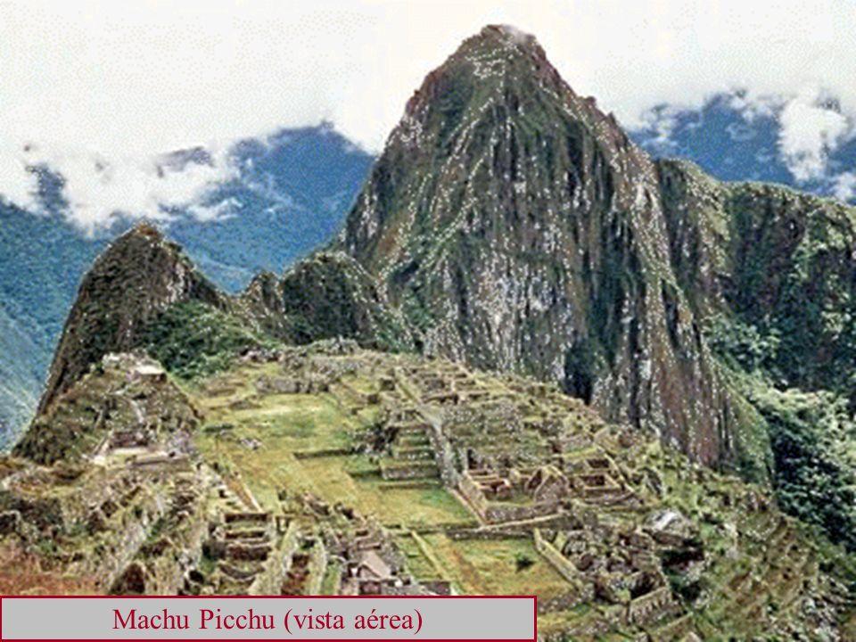 Machu Picchu (vista aérea)