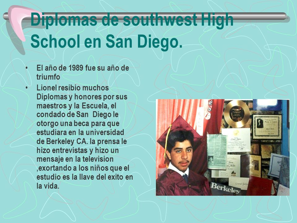 Diplomas de southwest High School en San Diego.