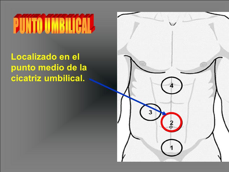 Localizado en el punto medio de la cicatriz umbilical.