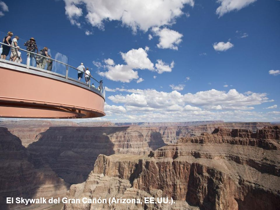 El Skywalk del Gran Cañón (Arizona, EE.UU.).