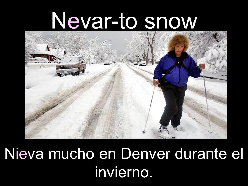 Nieva mucho en Denver durante el invierno.