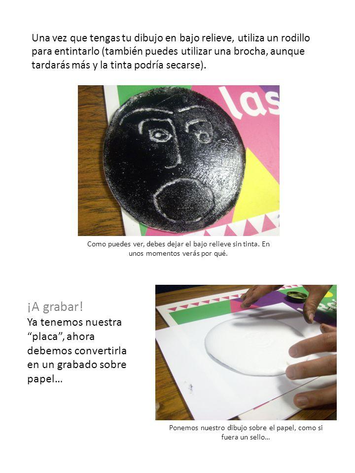 Ponemos nuestro dibujo sobre el papel, como si fuera un sello…