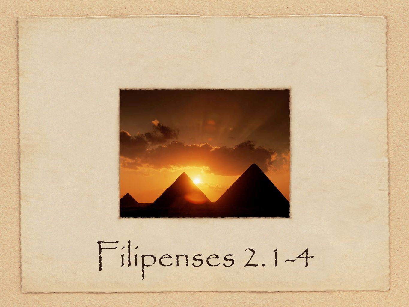 Filipenses 2.1-4