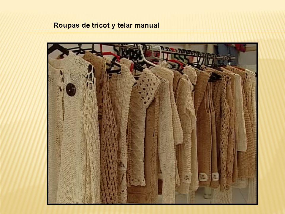 Roupas de tricot y telar manual
