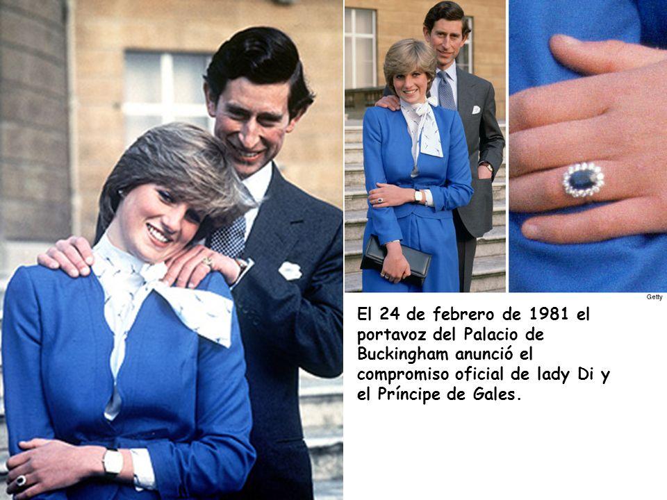 El 24 de febrero de 1981 el portavoz del Palacio de Buckingham anunció el compromiso oficial de lady Di y el Príncipe de Gales.