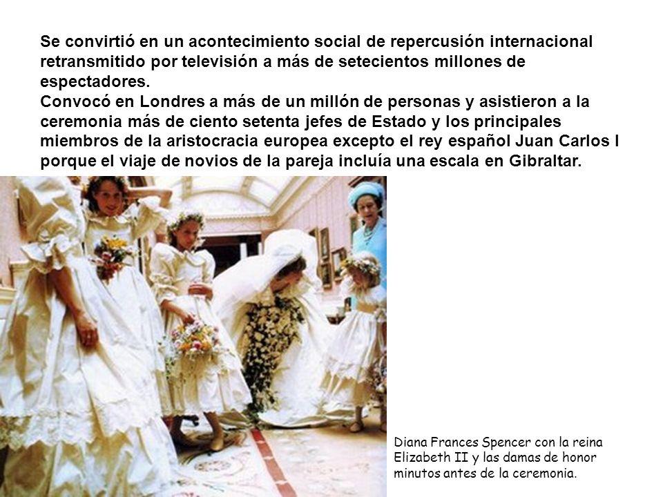Se convirtió en un acontecimiento social de repercusión internacional retransmitido por televisión a más de setecientos millones de espectadores.