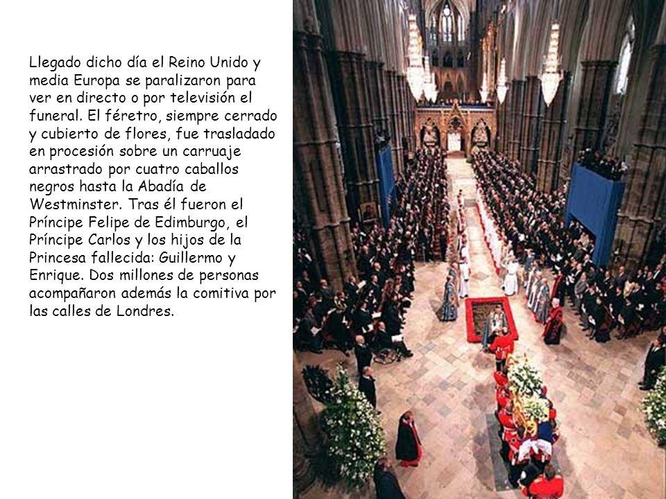 Llegado dicho día el Reino Unido y media Europa se paralizaron para ver en directo o por televisión el funeral.