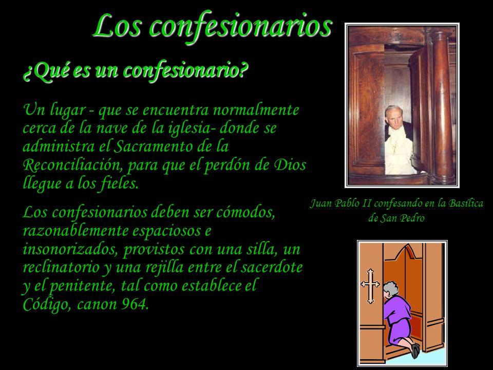 Juan Pablo II confesando en la Basílica de San Pedro