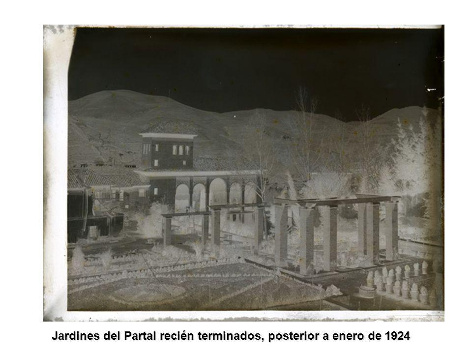 Jardines del Partal recién terminados, posterior a enero de 1924