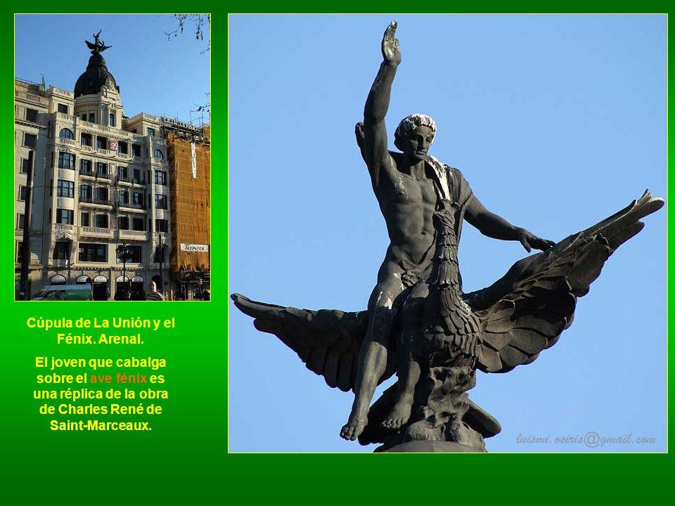 Cúpula de La Unión y el Fénix. Arenal.