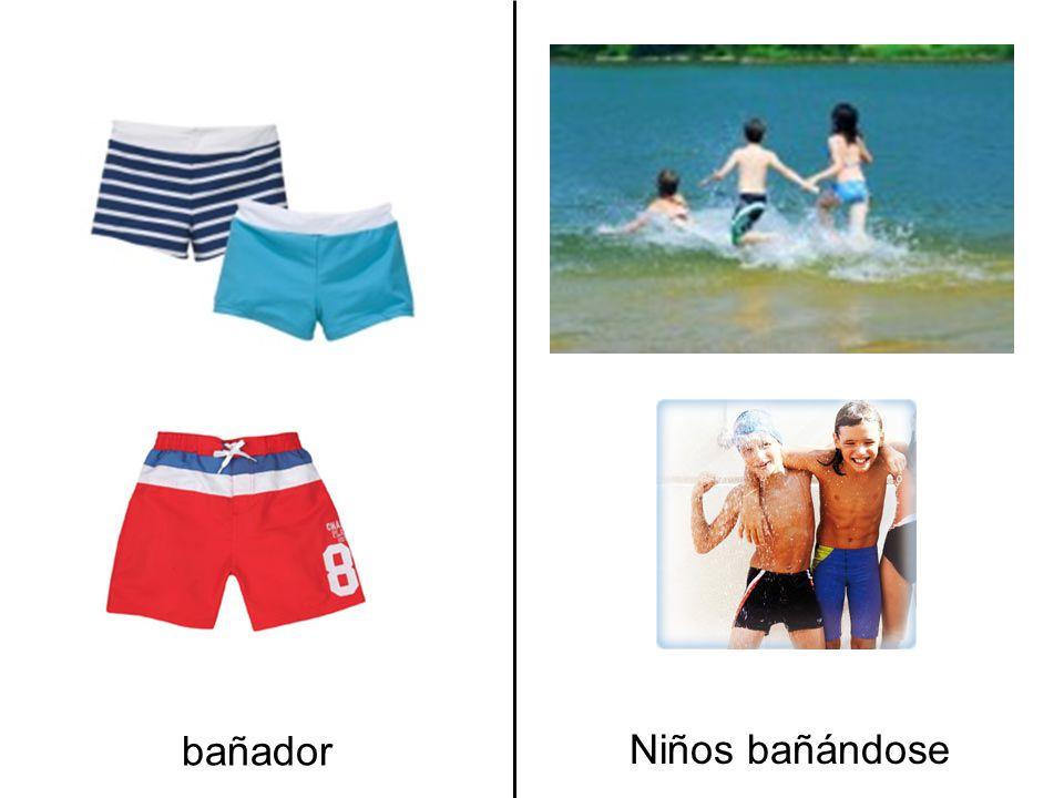 bañador Niños bañándose