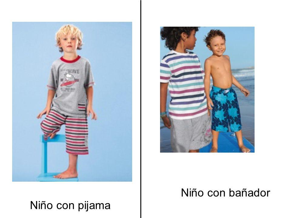 Niño con bañador Niño con pijama