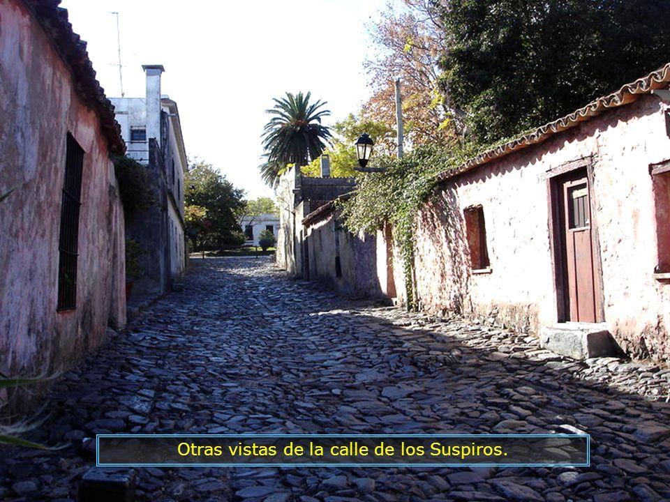 Otras vistas de la calle de los Suspiros.