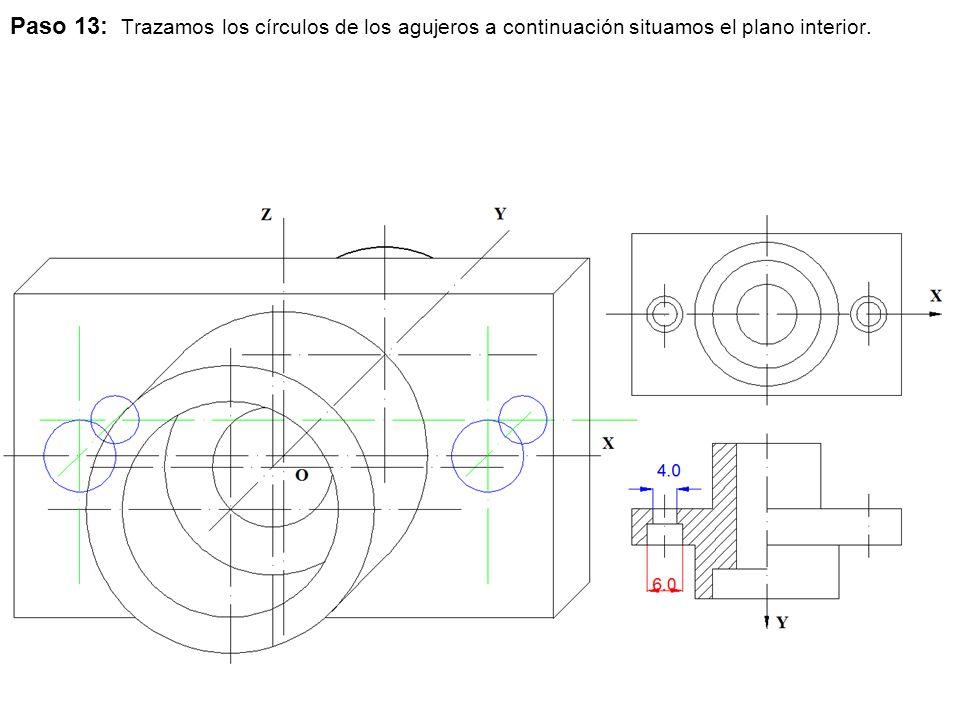 Paso 13: Trazamos los círculos de los agujeros a continuación situamos el plano interior.