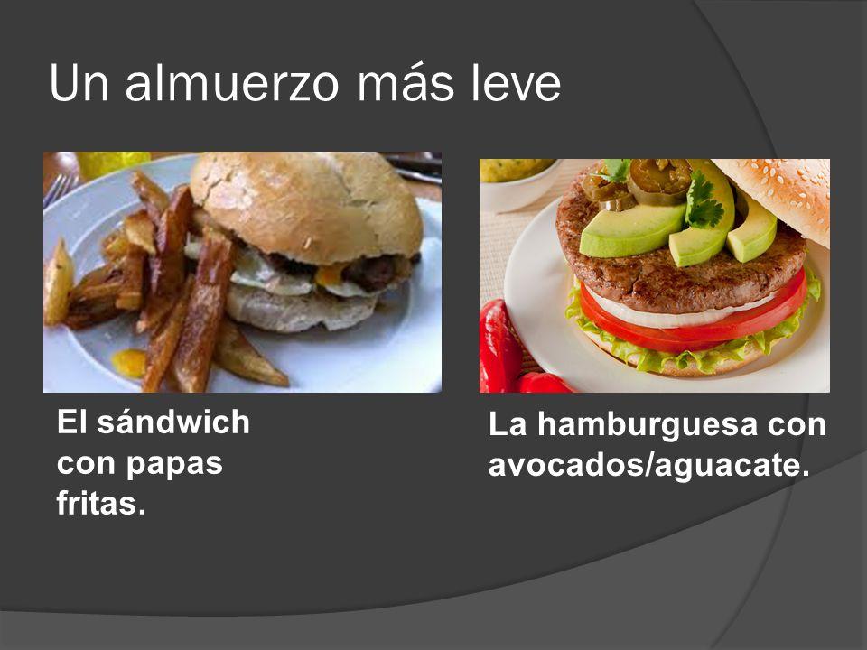 Un almuerzo más leve El sándwich con papas fritas.