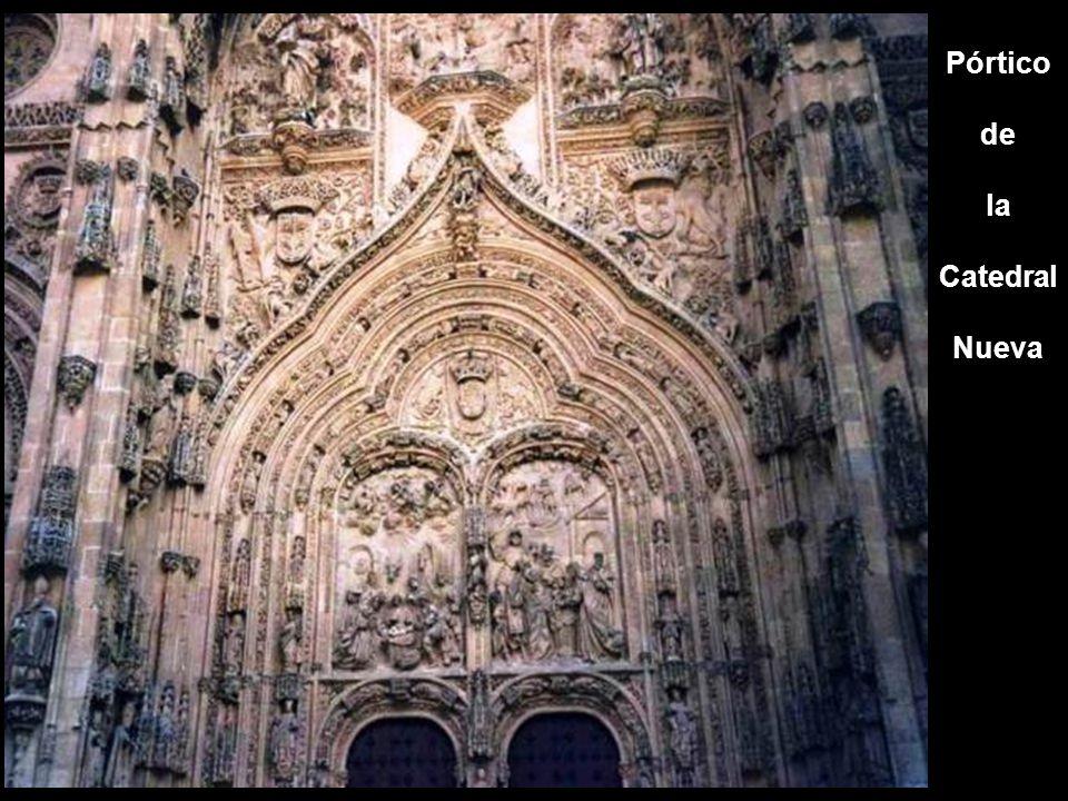 Pórtico de la Catedral Nueva