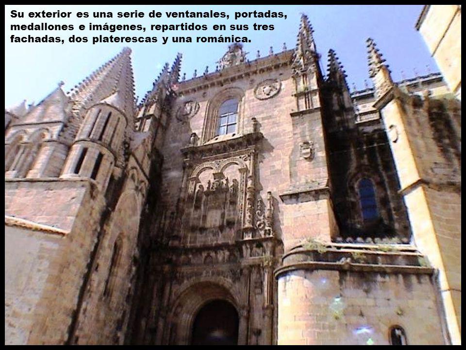 Su exterior es una serie de ventanales, portadas, medallones e imágenes, repartidos en sus tres fachadas, dos platerescas y una románica.