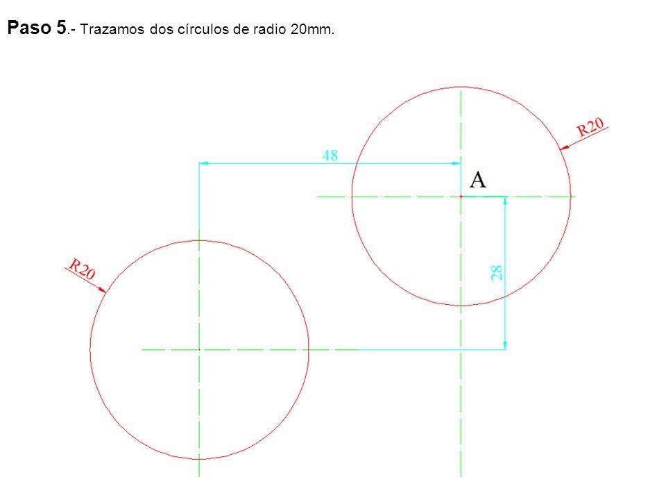 Paso 5.- Trazamos dos círculos de radio 20mm.