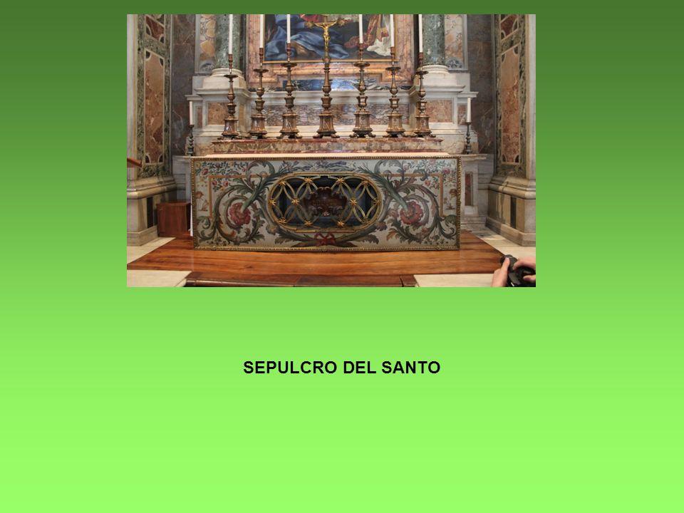 SEPULCRO DEL SANTO