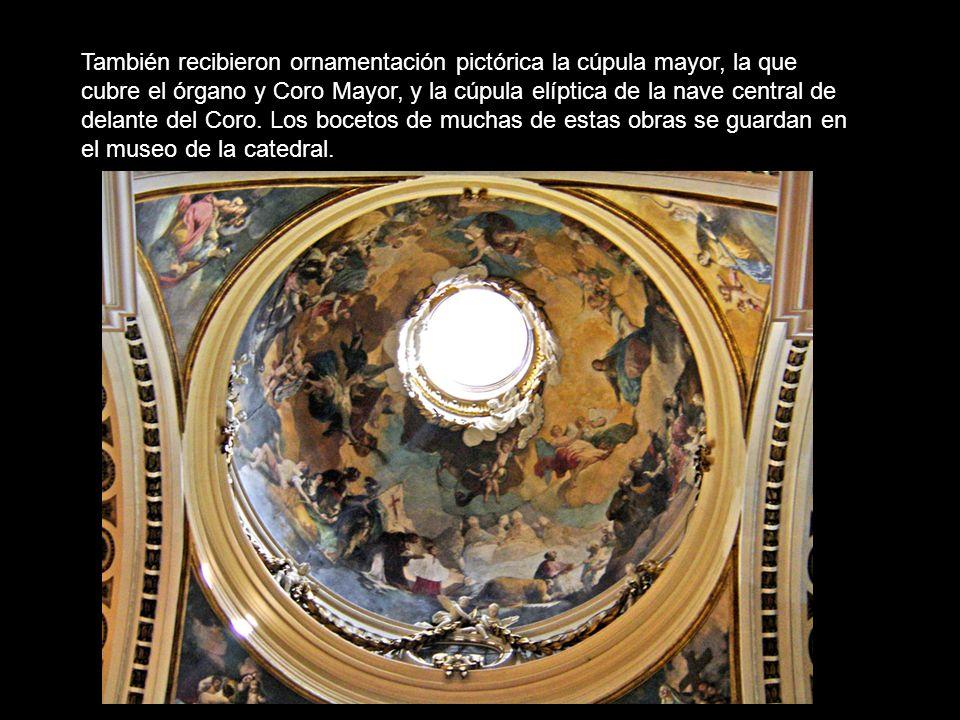 También recibieron ornamentación pictórica la cúpula mayor, la que cubre el órgano y Coro Mayor, y la cúpula elíptica de la nave central de delante del Coro.