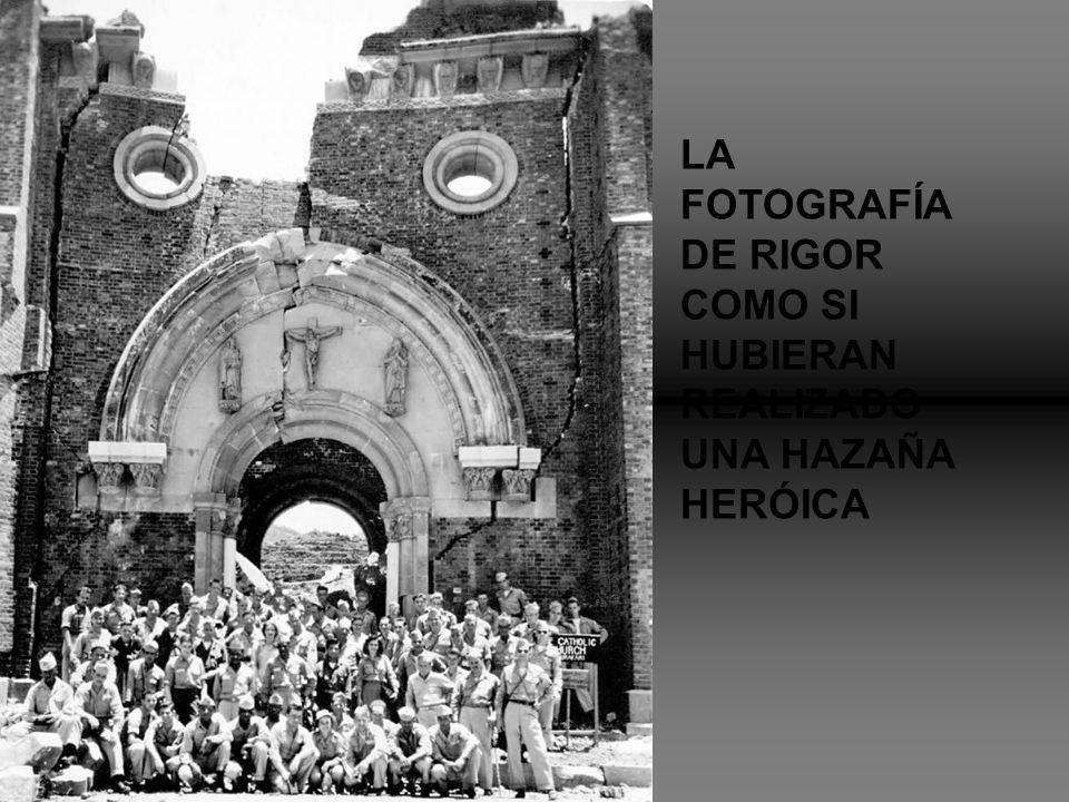 LA FOTOGRAFÍA DE RIGOR COMO SI HUBIERAN REALIZADO UNA HAZAÑA HERÓICA