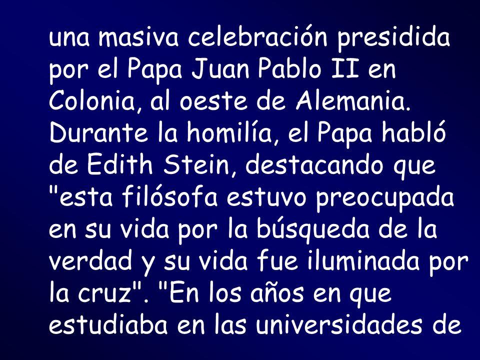 una masiva celebración presidida por el Papa Juan Pablo II en Colonia, al oeste de Alemania.