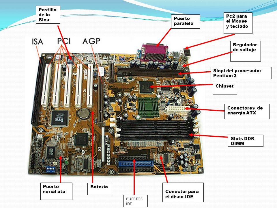 Pastilla de la Bios Pc2 para el Mouse y teclado. Puerto paralelo. Regulador de voltaje. Slopi del procesador Pentium 3.