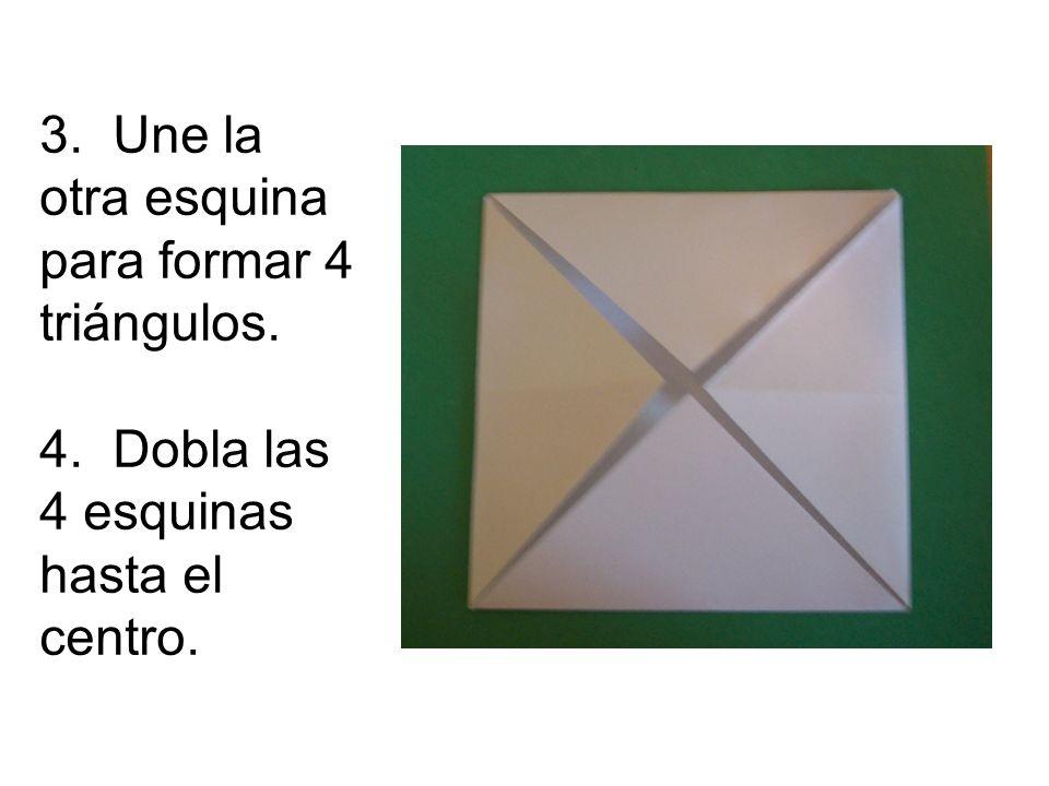 3. Une la otra esquina para formar 4 triángulos.