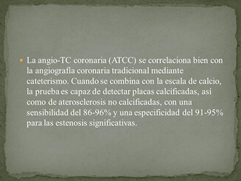 La angio-TC coronaria (ATCC) se correlaciona bien con la angiografía coronaria tradicional mediante cateterismo.