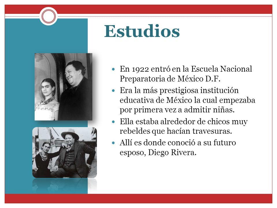 EstudiosEn 1922 entró en la Escuela Nacional Preparatoria de México D.F.