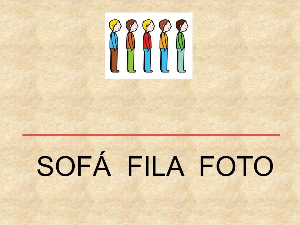SOFÁ FILA FOTO