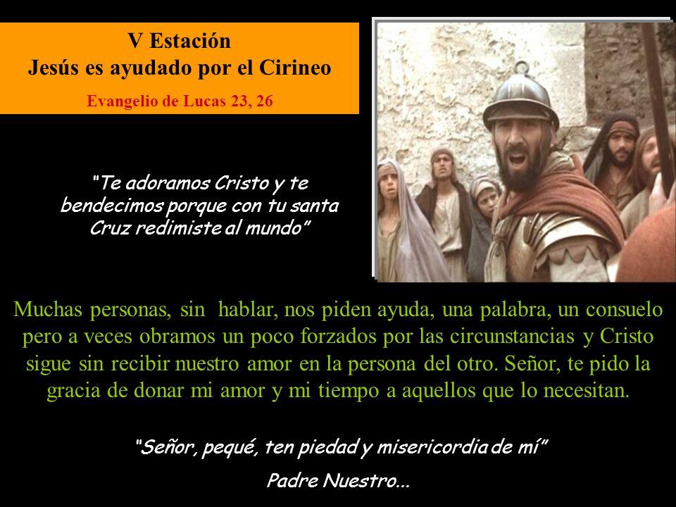V Estación Jesús es ayudado por el Cirineo