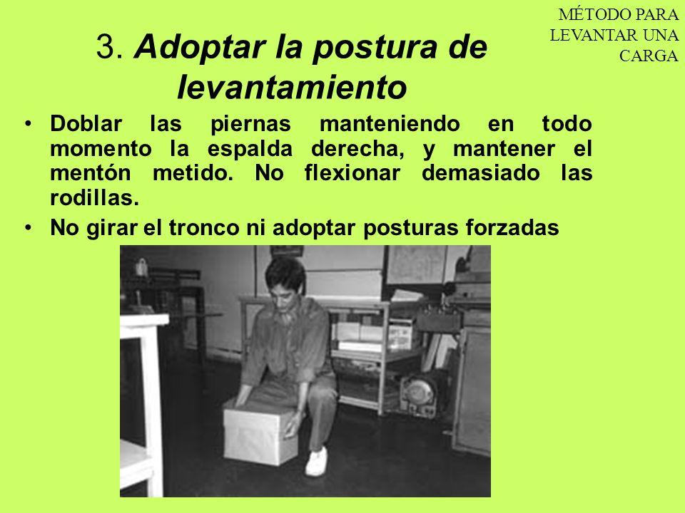 3. Adoptar la postura de levantamiento