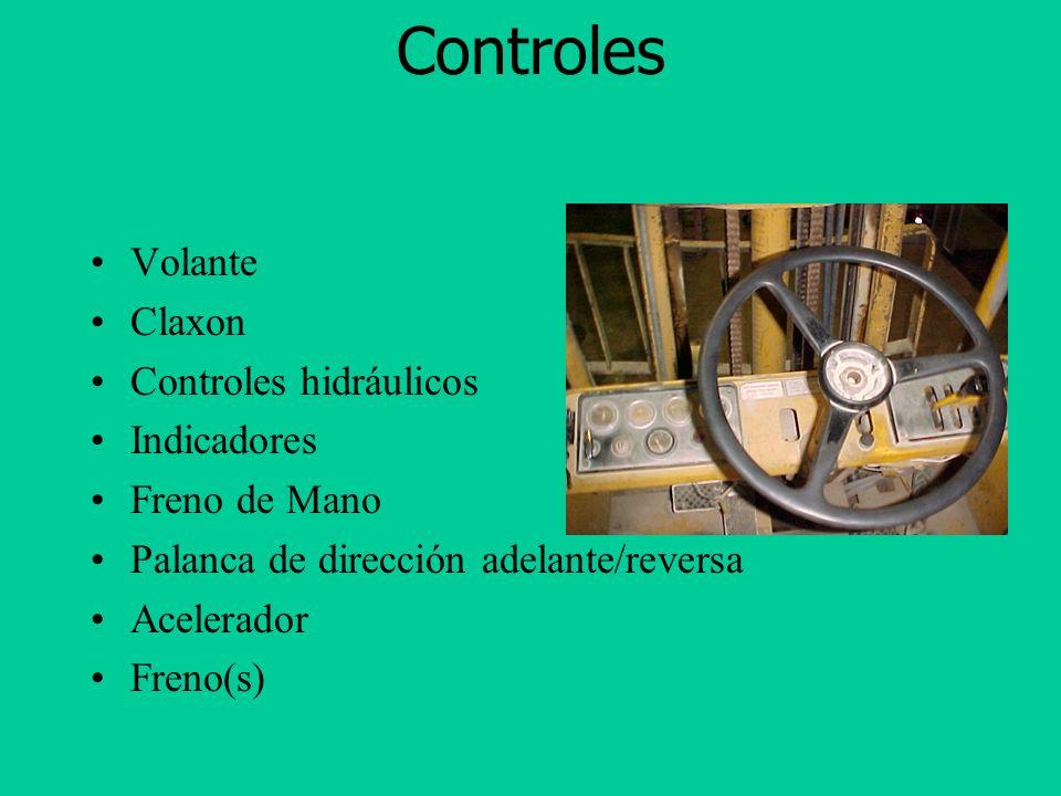 Controles Volante Claxon Controles hidráulicos Indicadores