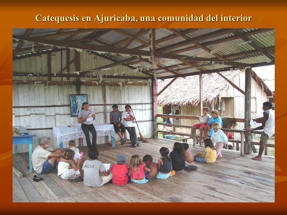 Catequesis en Ajuricaba, una comunidad del interior