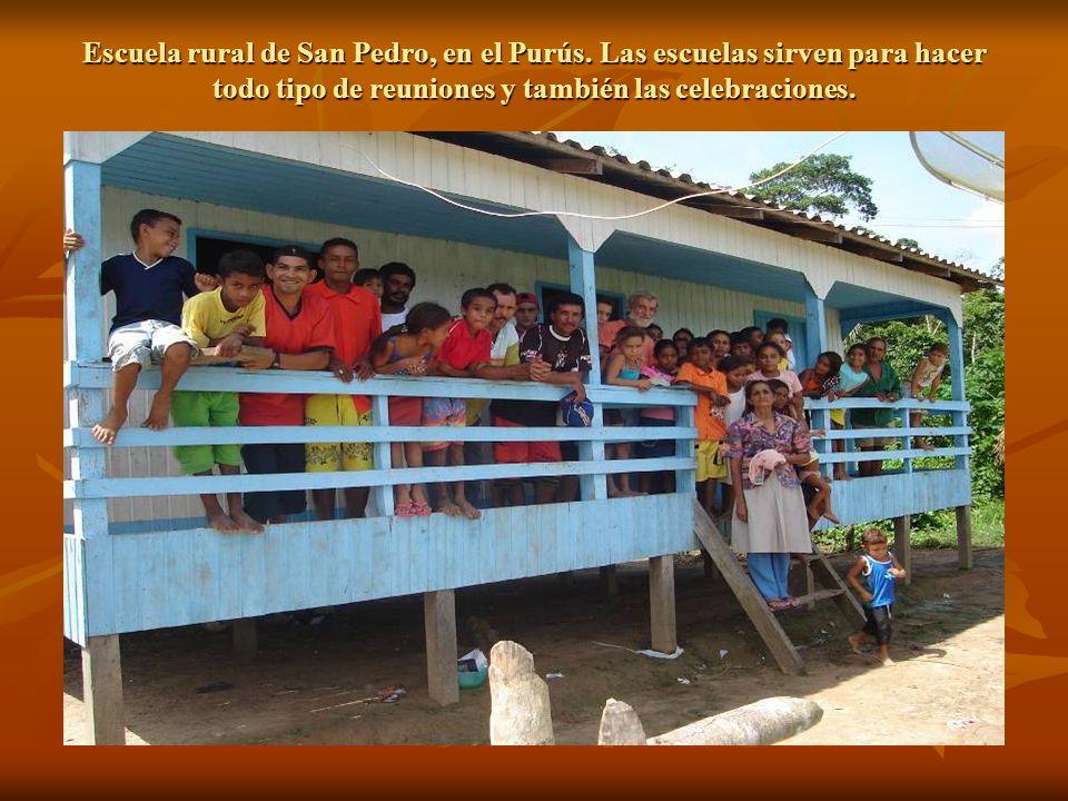 Escuela rural de San Pedro, en el Purús