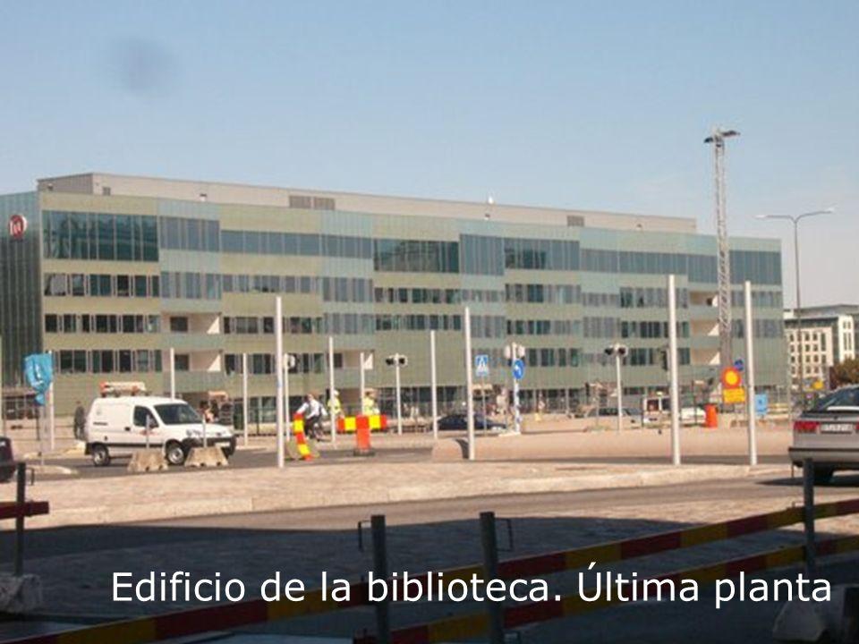 Edificio de la biblioteca. Última planta