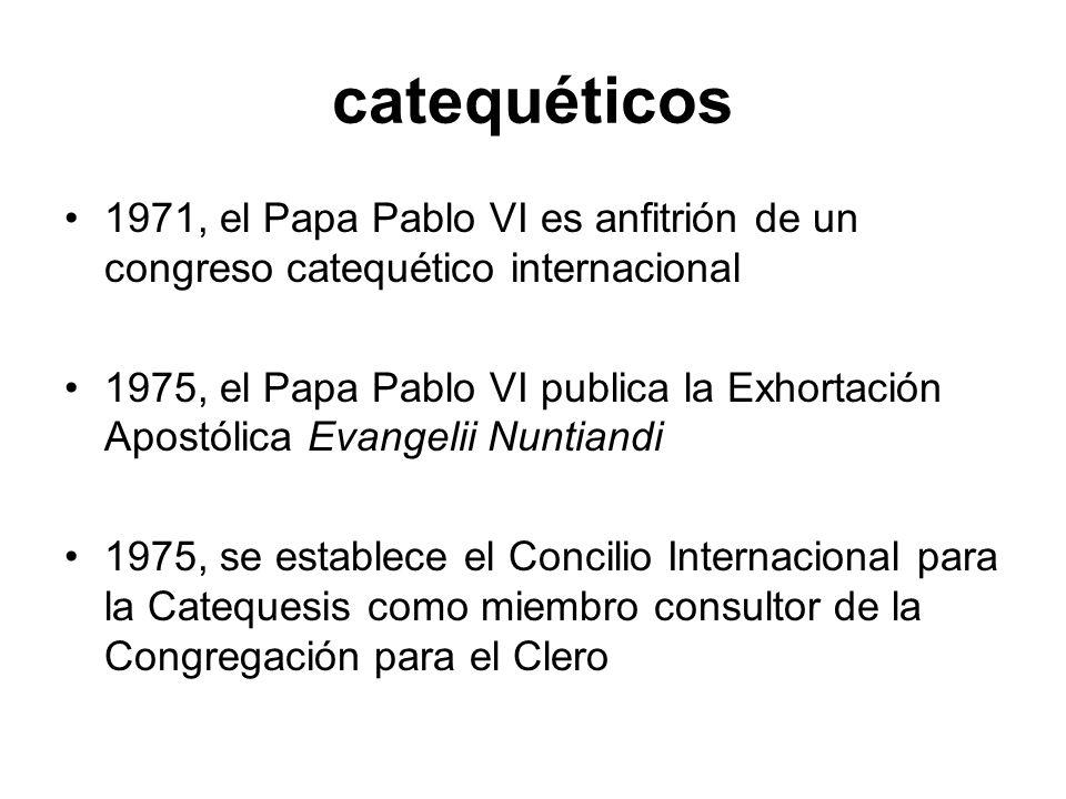 catequéticos 1971, el Papa Pablo VI es anfitrión de un congreso catequético internacional.