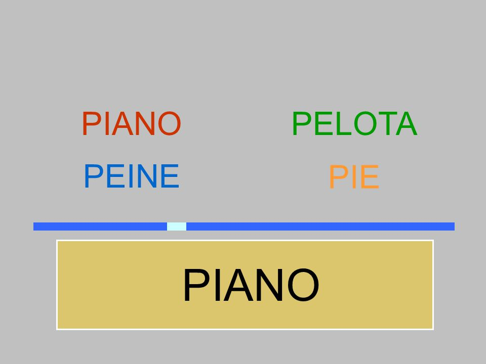 PIANO PELOTA PEINE PIE PIANO